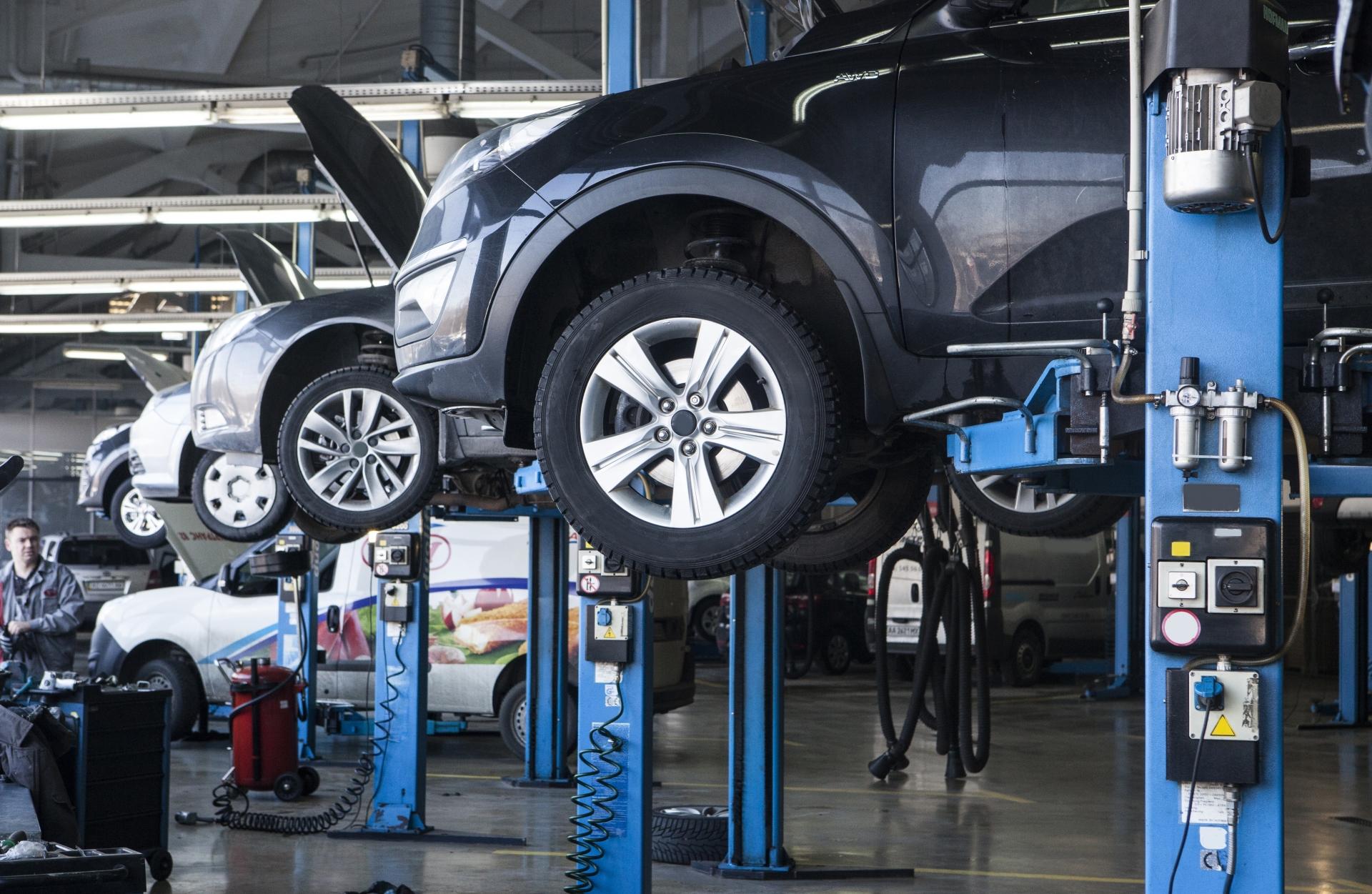 つらい職場「1次下請け自動車部品メーカーの営業」